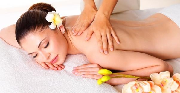 nuru massage cos'è e come praticarlo..
